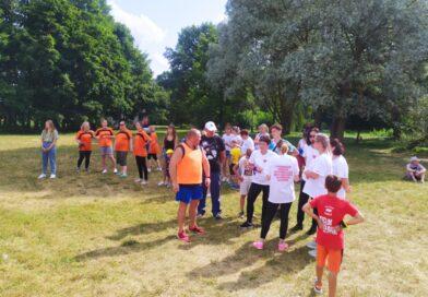 Семейный спортивный праздник среди работников соцобслуживания прошел в Несвиже