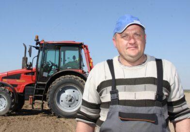 Аграрии «Экспериментальной базы «Свекловичная» одними из первых в районе начали сев сахарной свеклы