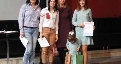 Как в Несвижском городском молодежном центре  в рамках Недели матери прошли  «Ползучие бега-2019»