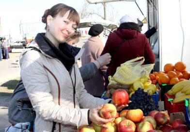 В Несвижском районе продолжаются осенние ярмарки по продаже сельскохозяйственной продукции