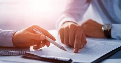 Бесплатная попытка ЭКО, повышение пенсий, социальная поддержка многодетных семей и другие изменения в законодательстве