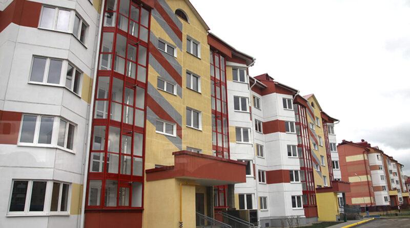 Вопросы строительства жилья, социальная инфраструктура и благоустройство. Большое интервью с заместителем председателя райисполкома Михаилом Афанасиком
