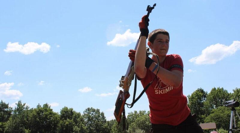 Лето биатлону не помеха: как в Копыле готовят чемпионов