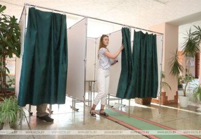Впервые голосующие избиратели: от выбора молодежи зависит будущее страны