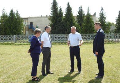 Несвиж посетил министр спорта и туризма Сергей Ковальчук