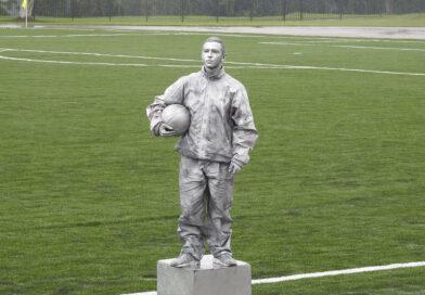 В Несвиже состоялось открытие футбольного поля с искусственным покрытием